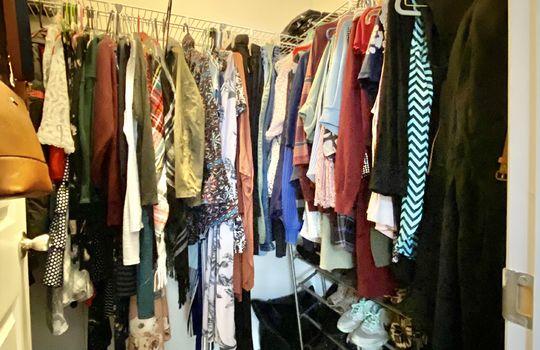 19-Hickman-master closet