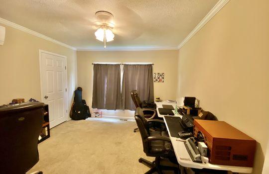 20-Hickman-bedroom 2