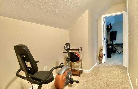 29 Schaub – upstairs hallway(2)