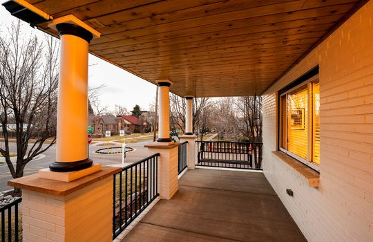 05-Front Porch