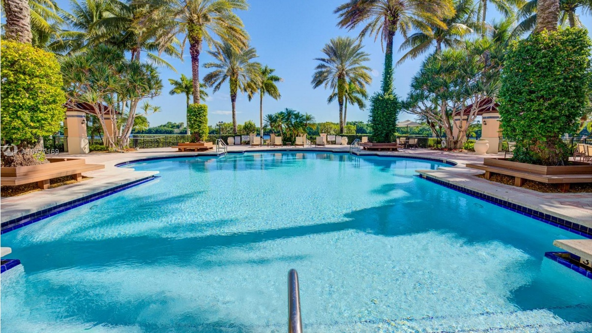 South Florida's Most Luxurious Waterfront Living