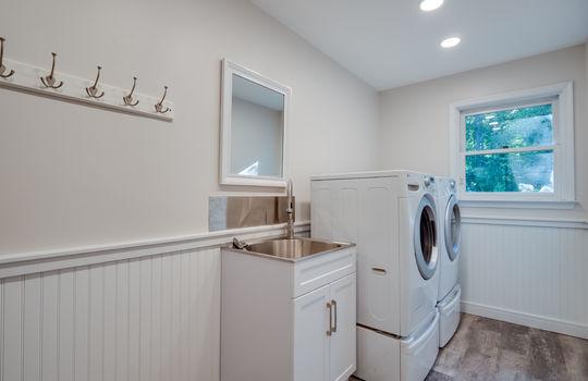 GF-23-Laundry Room