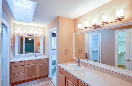 GF-31-Owner Bath Vanity