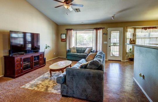 Main Room 2 – 536 E Desert Ranch Rd – Fauss – BA