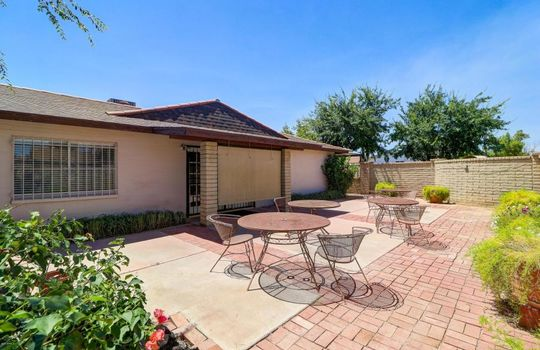 40 Photo – 4701 W Cochise Dr – Covell