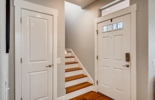 1601 Miriam Avenue Suite 300-large-005-001-Foyer-1500×1000-72dpi