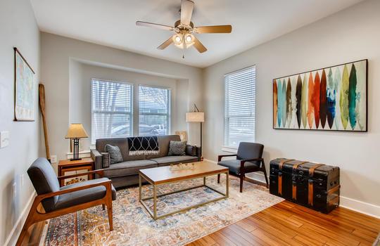 1601 Miriam Avenue Suite 300-large-006-002-Living Room-1500×1000-72dpi