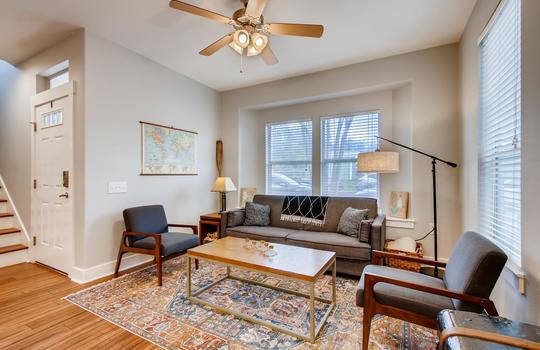 1601 Miriam Avenue Suite 300-large-007-004-Living Room-1500×1000-72dpi