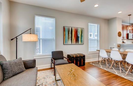 1601 Miriam Avenue Suite 300-large-009-010-Living Room-1500×1000-72dpi
