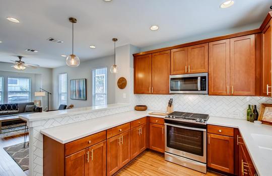 1601 Miriam Avenue Suite 300-large-012-012-Kitchen-1500×1000-72dpi