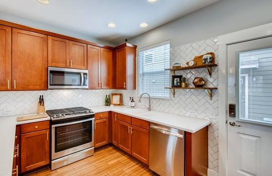 1601 Miriam Avenue Suite 300-large-013-021-Kitchen-1500×1000-72dpi
