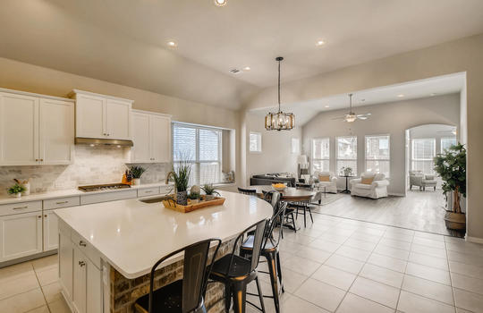 1640 Pinot Noir Street-large-013-012-Kitchen-1500×1000-72dpi