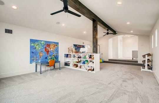 5609 Spanish Oaks Bee Cave TX-small-033-033-2nd Floor Great Room-666×444-72dpi
