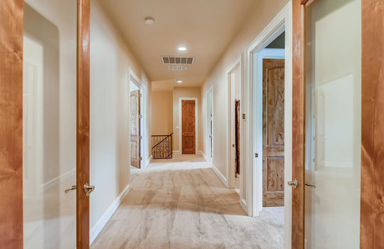 309 Camino Arbolago Lakeway TX-large-012-016-2nd Floor Landing-1500×1000-72dpi