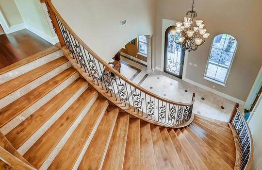 309 Camino Arbolago Lakeway TX-large-014-010-2nd Floor Stairway-1500×1000-72dpi