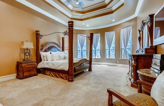 309 Camino Arbolago Lakeway TX-large-018-018-Primary Bedroom-1500×1000-72dpi