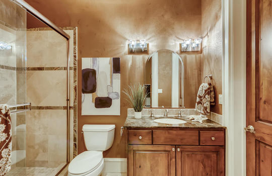 309 Camino Arbolago Lakeway TX-large-024-024-Bathroom-1500×1000-72dpi
