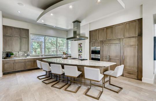 12524 Maidenhair Lane Austin-large-008-011-Kitchen-1500×1000-72dpi