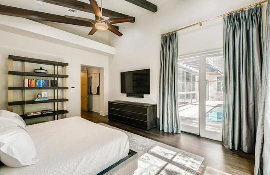 12524 Maidenhair Lane Austin-large-022-026-Primary Bedroom-1500×1000-72dpi
