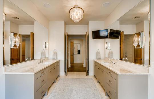 12524 Maidenhair Lane Austin-large-024-022-Primary Bathroom-1500×1000-72dpi