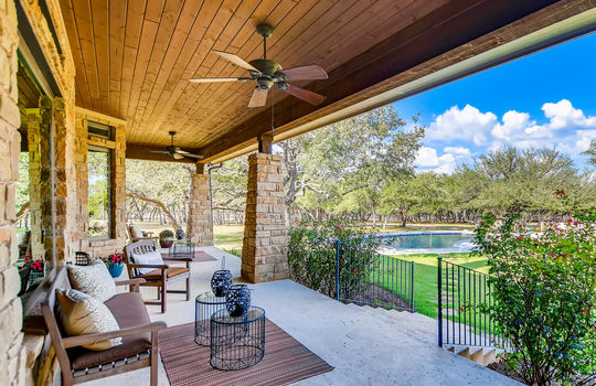 915 Rivercliff Dr Spicewood TX-large-033-043-Patio-1500×1000-72dpi
