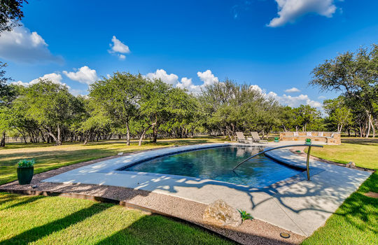 915 Rivercliff Dr Spicewood TX-large-038-030-Exterior Pool-1500×1000-72dpi