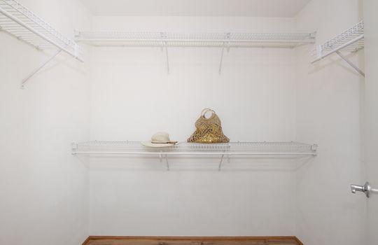 95-1031-Moaula-St_master closet