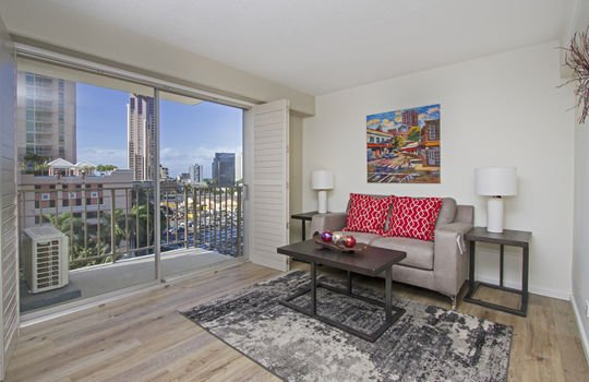 818-S-King-St-904_living area<2
