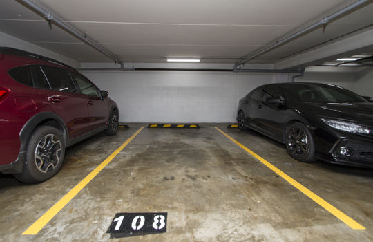 818-S-King-St-904_parking