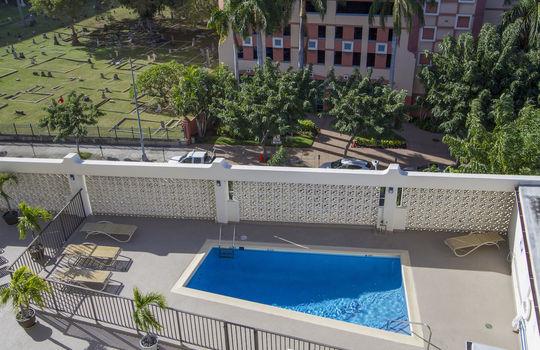 818-S-King-St-904_pool balcony