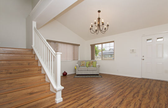 front living rm stairs2