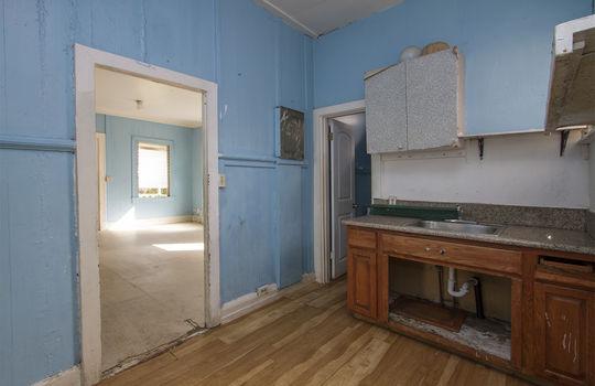 1121C-banyan-st_sm_kitchen<