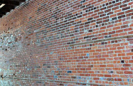143 interior wall 01