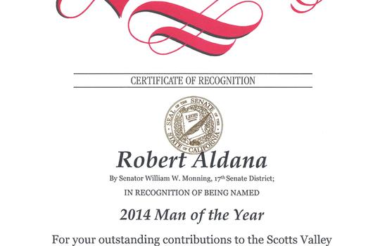 RobertAldanaManOfYearSenateAward2014-788×1024