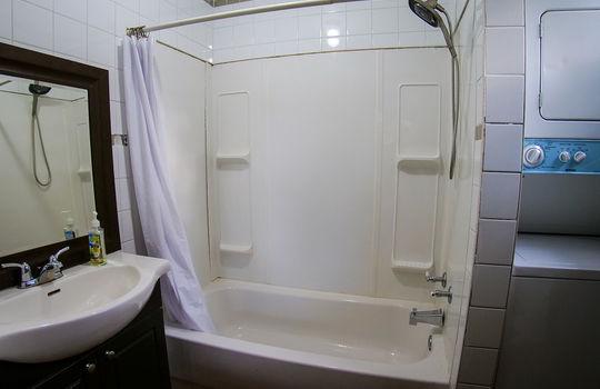 Temple-Ave-Bathroom-2