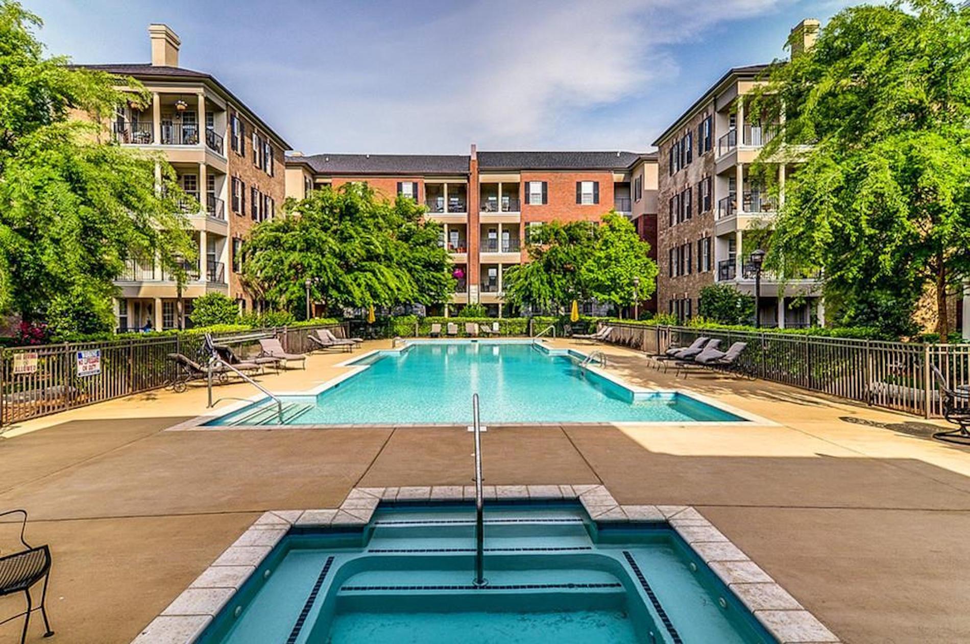 Condo, pool, for sale, Nashville, Brentwood, Franklin, TN