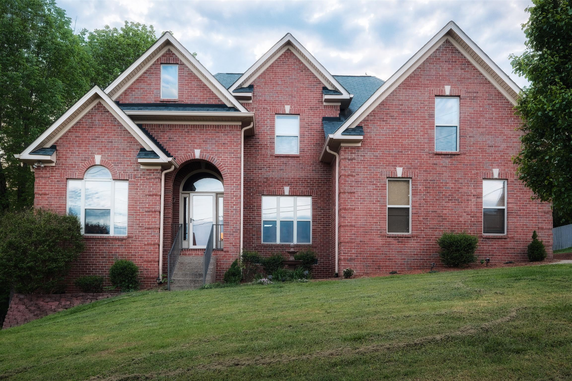 McFarlin Pointe Nolensville home for sale, 4 bedrooms, community pool