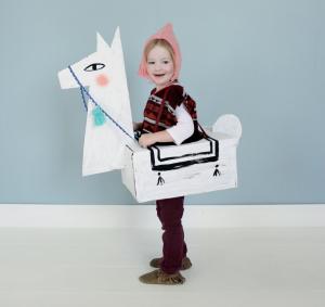 DIY Cardboard Llama Halloween Costume