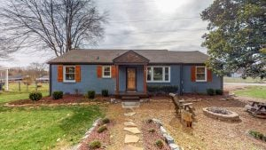 front - 2509 David Drive, Donelson home for sale