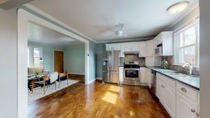 kitchen view to living room - 2509 David Drive, Donelson home for sale